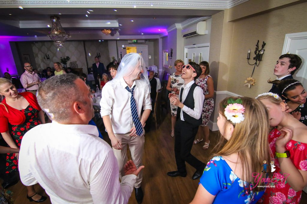 MOORHILL-HOUSE-WEDDING-10
