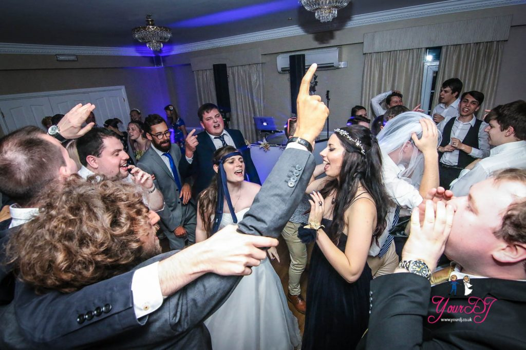 MOORHILL-HOUSE-WEDDING-12