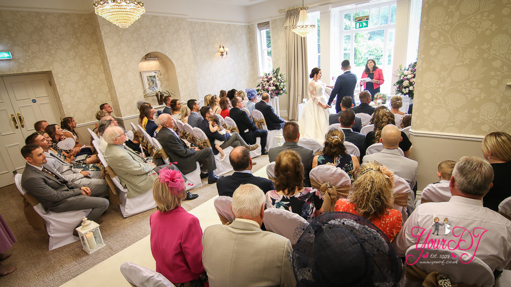 MOORHILL_HOUSE_WEDDING_DJ_NEW_FOREST_DJ-11