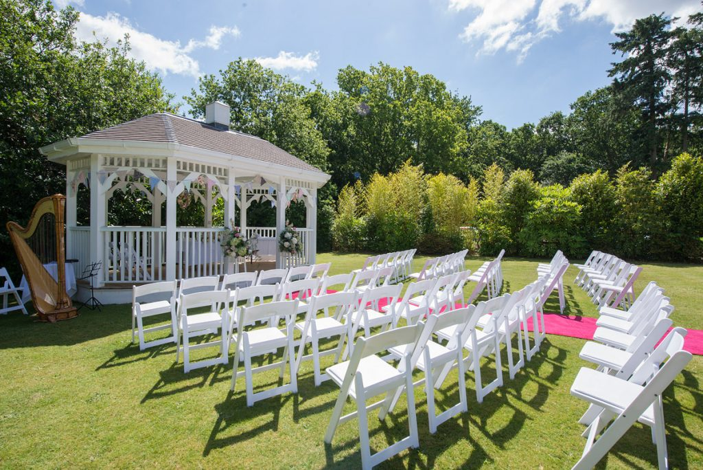 Moorhill_house_wedding_dj_new_forest